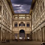 architecture outside uffizi gallery